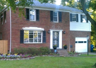 Pre Foreclosure in North Olmsted 44070 CLAGUE RD - Property ID: 1147973812