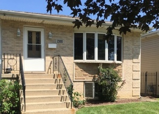 Pre Foreclosure in River Grove 60171 GROVE ST - Property ID: 1148041693