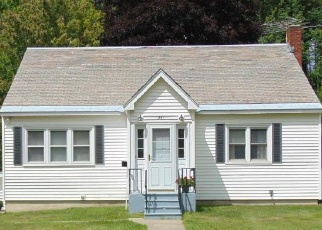 Pre Foreclosure in Queensbury 12804 CRONIN RD - Property ID: 1148361410