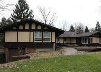 Pre Foreclosure in Brecksville 44141 CHIPPEWA RD - Property ID: 1149043332
