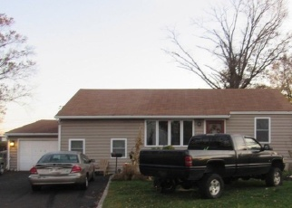 Pre Foreclosure in Levittown 19057 GREEN LYNNE DR - Property ID: 1149166851