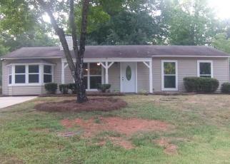 Pre Foreclosure in Piedmont 29673 CARVERSHAM ROW - Property ID: 1149428310