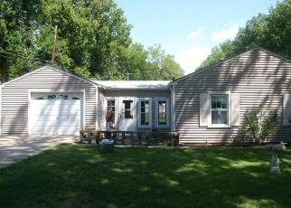Pre Foreclosure in Cincinnati 45230 RAINBOW LN - Property ID: 1149663958