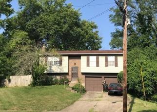 Pre Foreclosure in Cincinnati 45230 MEADOWMAR LN - Property ID: 1149665250