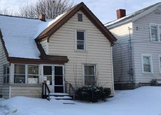 Pre Foreclosure in Syracuse 13204 W END DR - Property ID: 1149925415