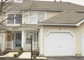 Pre Foreclosure in Penfield 14526 COURTSHIRE LN - Property ID: 1150287173