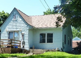 Pre Foreclosure in Beloit 53511 VINE ST - Property ID: 1150433466