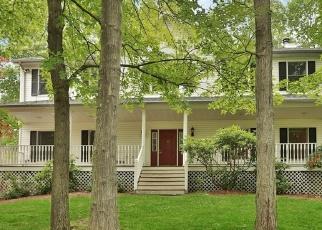 Pre Foreclosure in Lake Peekskill 10537 ELM RD - Property ID: 1150597264