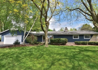 Pre Foreclosure in Brookfield 53045 MOUNTAIN DR - Property ID: 1150901666