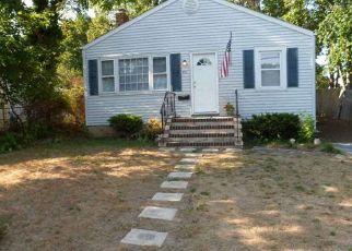 Pre Foreclosure in Islip Terrace 11752 ROSLYN ST - Property ID: 1151454830