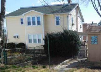 Pre Foreclosure in Philadelphia 19111 LORETTO AVE - Property ID: 1152067999