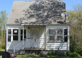 Pre Foreclosure in Lake Station 46405 E 34TH AVE - Property ID: 1153900467