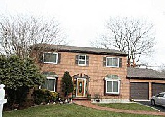 Pre Foreclosure in Nesconset 11767 MARK LN - Property ID: 1154399766