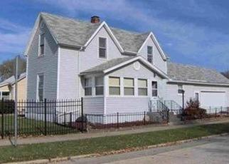 Pre Foreclosure in Bloomington 61701 S EAST ST - Property ID: 1154755842