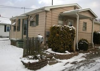 Pre Foreclosure in Evansville 47712 LESLIE AVE - Property ID: 1157059579