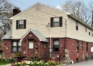 Pre Foreclosure in Islip Terrace 11752 LORIGAN ST - Property ID: 1157164243