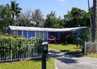 Pre Foreclosure in Stuart 34997 SE GERALDINE ST - Property ID: 1158464149