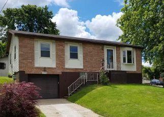 Pre Foreclosure in Steubenville 43953 KAREN PL - Property ID: 1159556914