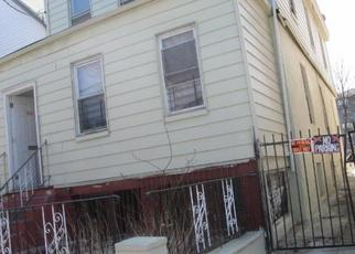 Pre Foreclosure in Bronx 10467 E 220TH ST - Property ID: 1159741283