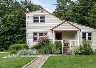 Pre Foreclosure in Yorktown Heights 10598 LONGVUE ST - Property ID: 1161021490