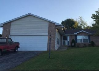 Pre Foreclosure in Crown Point 46307 WAYNE ST - Property ID: 1161827356