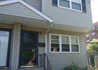 Pre Foreclosure in Staten Island 10302 CASTLETON AVE - Property ID: 1162372641