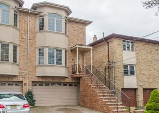 Pre Foreclosure in Cliffside Park 07010 WASHINGTON AVE - Property ID: 1163700123