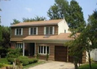 Pre Foreclosure in Huntington Station 11746 IBSEN AVE - Property ID: 1163887593