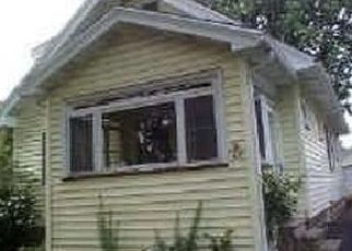 Pre Foreclosure in Rochester 14616 BEVERLY HTS - Property ID: 1164043957
