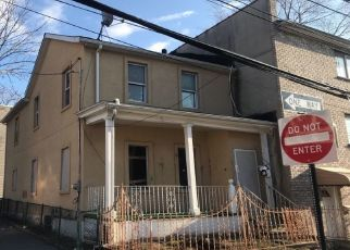 Pre Foreclosure in Bronx 10467 WILLETT AVE - Property ID: 1164257234