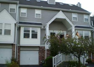 Pre Foreclosure in Bethel Park 15102 OLD VILLAGE LN - Property ID: 1164626902