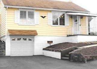 Pre Foreclosure in North Versailles 15137 PINEHURST DR - Property ID: 1164629968