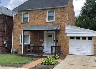 Pre Foreclosure in Pittsburgh 15227 GLENDALE AVE - Property ID: 1164709225