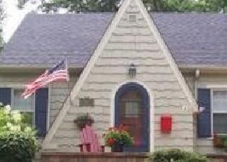 Pre Foreclosure in Geneva 60134 DODSON ST - Property ID: 1165223863