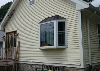 Pre Foreclosure in West Roxbury 02132 SHERBROOK ST - Property ID: 1165314964