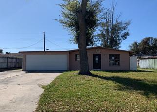 Pre Foreclosure in Tampa 33614 W HENRY AVE - Property ID: 1165392472