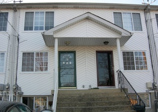 Pre Foreclosure in Staten Island 10303 SOUTH AVE - Property ID: 1165509855