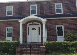 Pre Foreclosure in Bronx 10465 HOLLYWOOD AVE - Property ID: 1165761238
