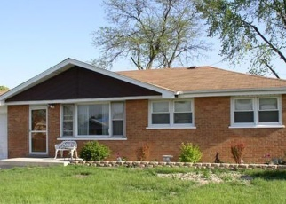 Pre Foreclosure in Bridgeview 60455 W 74TH ST - Property ID: 1165854983