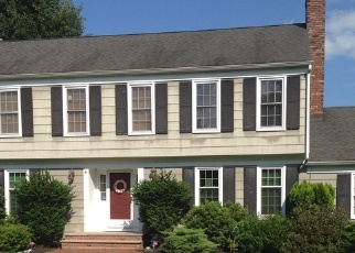 Pre Foreclosure in Whitehouse Station 08889 BLACKBERRY LN - Property ID: 1165900972