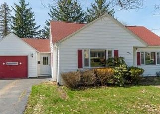 Pre Foreclosure in Jamestown 14701 CHAUTAUQUA AVE - Property ID: 1166047685