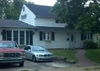 Pre Foreclosure in Levittown 19057 GRASSPOND RD - Property ID: 1166982760