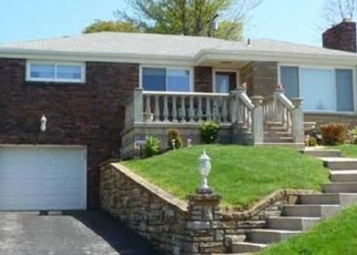 Pre Foreclosure in Pittsburgh 15227 GIRARD RD - Property ID: 1167576197