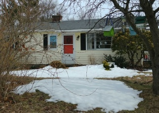 Pre Foreclosure in Southbridge 01550 LEBANON HILL RD - Property ID: 1167794764