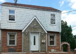 Pre Foreclosure in Hollis 11423 189TH ST - Property ID: 1167992279
