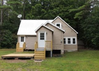 Pre Foreclosure in Lake Luzerne 12846 HOWE RD - Property ID: 1168430247