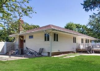 Pre Foreclosure in Islip Terrace 11752 SELEY CROSS - Property ID: 1169836141