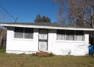 Pre Foreclosure in Jacksonville 32209 TALLADEGA RD - Property ID: 1170398510