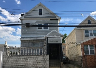 Pre Foreclosure in South Ozone Park 11420 133RD AVE - Property ID: 1170803645