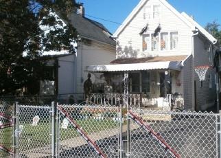 Pre Foreclosure in Staten Island 10302 VILLA AVE - Property ID: 1170952549
